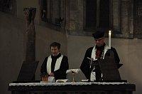 Священница Эмануеля Блажкова и эпископ Тонзар (Фото: Архив сайта svaty-vaclav.org)