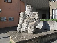 Скульптура в пражском районе Новодворска (Фото: Dezidor, Wikimedia Commons, Licese CC BY-SA 3.0)