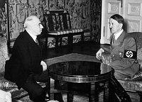 Гаха с Гитлером