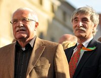 Вацлав Клаус и Ладислав Батора (Фото: Parlamentni listy)