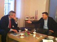 Петр Коларж и Леонид Парфенов (Фото: Архив Министерства иностранных дел ЧР)