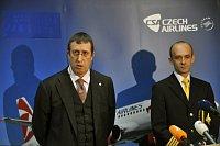 Президент авиакомпании Czech airlines Филипп Морелс и президент профсоюзной организации CZALPA Петер Жмолик (Фото: ЧТК)