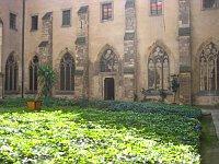 Внутренний двор Эмаузского монастыря