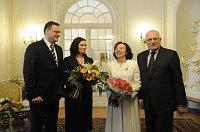 Премьер-министр Петр Нечас с супругой Радкой и Вацлав Клаус с супругой Ливией (Фото: Архив Правительства ЧР)