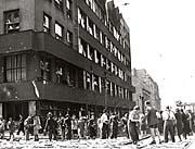 Здание Чешского радио во время Пражского восстания