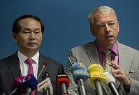 Глава МВД Вьетнама Нгуен Тхай Бинь и министр внутренних дел Чехии Милан Хованец (Фото: ЧТК)