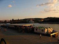 Корабль братьев Форман в Праге (Фото: официальный Facebook Театра братьев Форман)