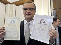 Глава Минфина Мирослав Калоусек (Фото: ЧТК)