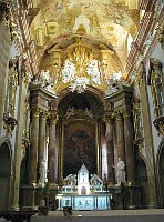 Велеград, интерьер базилики (Фото: Мартина Шнайбергова, Чешское радио - Радио Прага)