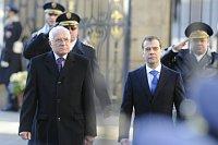 Президент Чешской республики Вацлав Клаус и президент Российской Федерации Дмитрий Медведев (Фото: ЧТК)