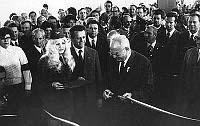 Густав Гусак открыл пражское метро (Фото: Архив Транспортного предприятия Праги)