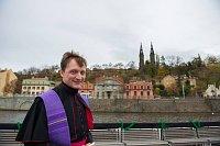 Священник Ян Котас (Фото: официальный Facebook Пражской пароходной компании)