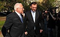 Президент Вацлав Клаус и премьер-министр Петр Нечас (Фото: Архив Правительства ЧР)