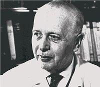 Профессор Йозеф Гиние