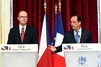 Премьер-минситр Чехии Богуслав Соботка с французским президентом Франсуа Олланд (Фото: Архив Правительства ЧР)