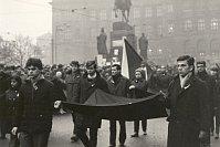 Похороны Яна Палаха, Вацлавская площадь, январь 1969 г.