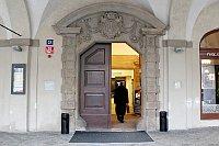 Впервые архитектурный облик в стиле позднего ренессанса (включая три башни) ратуша приобрела в начале XVII века под руководством архитектура Джованни Мария Филиппи. (Фото: Олег Фетисов)