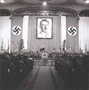 Собрание Немецкой национал-социалистической партии в пражской Луцерне, март 1941 г.
