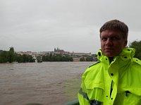 Томаш Гудечек во время наводнения (Фото: Филип Яндоурек, Чешское радио)